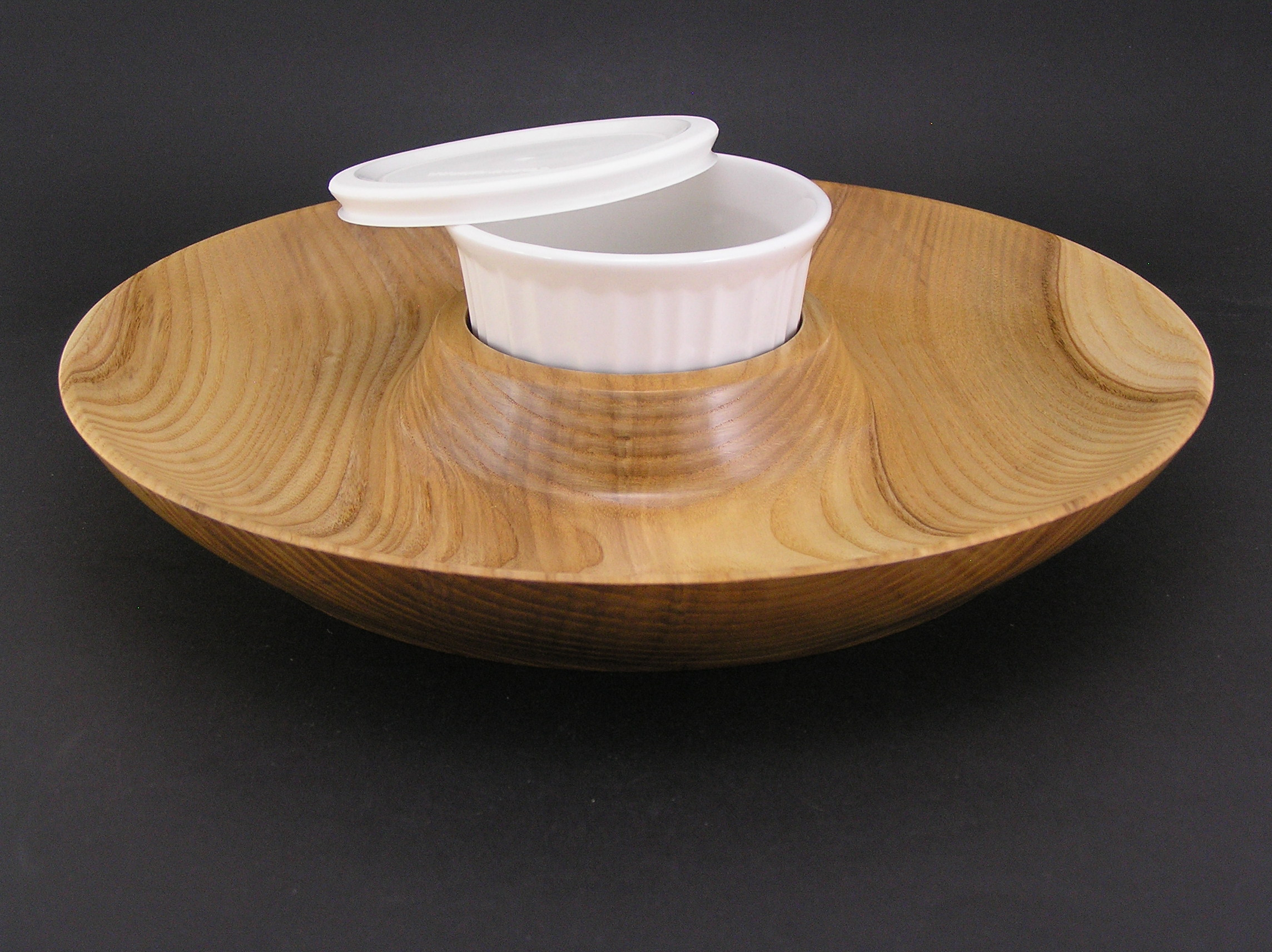 "Ash Chip & Dip Tray - 14"" in diameter"